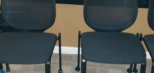 Set of 4 Rolling Chairs for Sale in Gaithersburg,  MD