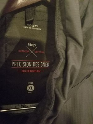 Gap rain jacket, xl tall for Sale in Tampa, FL
