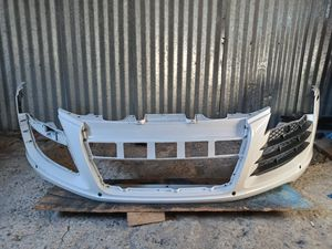 2008-2012 AUDI R8 V.8 Front Bumper cover OEM Used 420 807 437 for Sale in Wilmington, CA