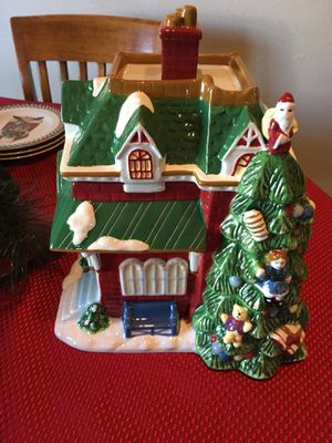 Spode Christmas Tree Village Train Station Cookie Jar for Sale in Puyallup, WA