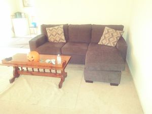 Sectional couch with coffee table for Sale in Alexandria, VA