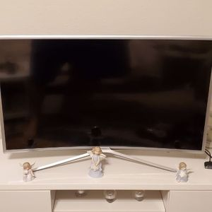 Samsung 40 inch, curved LED for Sale in Dallas, TX