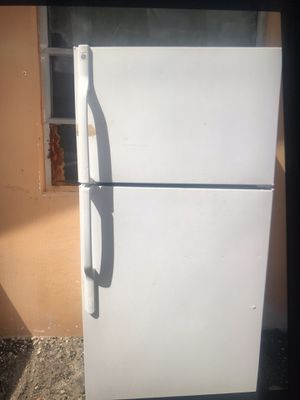 Refrigerator ge for Sale in West Palm Beach, FL