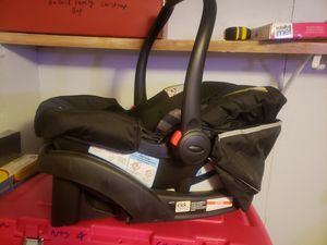 New never used infant car seat and stroller combo for Sale in Port Angeles, WA