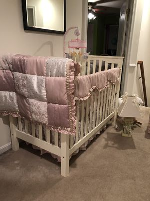 White crib for sale for Sale in Rockville, MD
