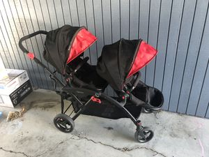 Contours Options Tandem Stroller, Shadow for Sale in Anacortes, WA