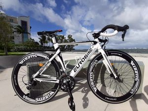16 SPEED - Aluminum Racing/Road Bike. Size 54. Brand New! Professionally Assembled & Available Today! for Sale in Miami, FL