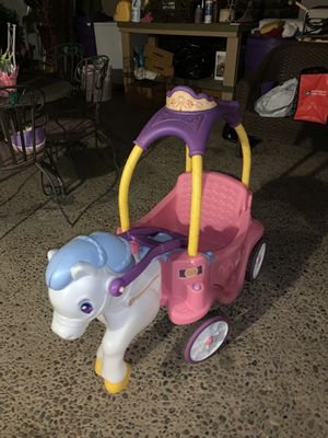 Little Tikes Princess Horse & Carriage for Sale in Fresno, CA