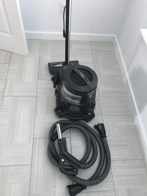 Really nice excellent condition rainbow vacuum for Sale in Nicholasville, KY