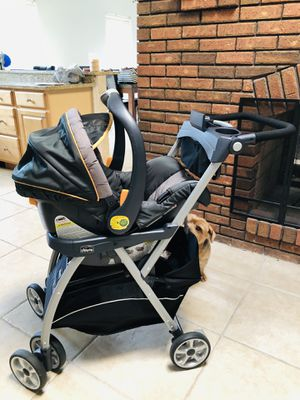 Chicco keyfit car seat with safety base and caddy for Sale in Cape Coral, FL