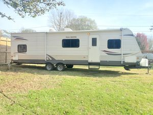 2013 Heartland RVs Trail Runner Series Bunkhouse M-29BHK Prices 33,FT Sleeps 10 or more for Sale in Harrisburg, NC