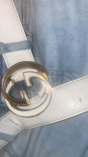 Gucci belt white for Sale in Chester, PA