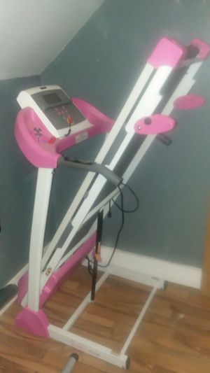 P8700 pink treadmill for Sale in Biddeford, ME