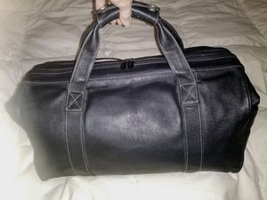 "LEATHER DUFFLE 18""x11""x 9""H by Scully for Overnite/Gym, at ENCINO for Sale in Los Angeles, CA"