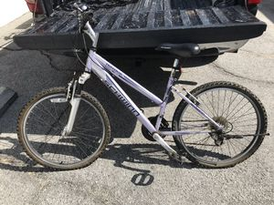 Schwinn traverse bike been sitting needs TLC 1st $40 Takes Firm for Sale in Las Vegas, NV