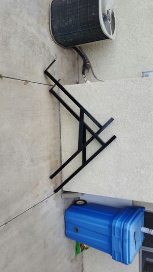 Used ladder racks $40 for Sale in Colton, CA
