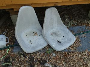2 boat seats that turn work perfect for Sale in Reidsville, GA