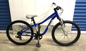 2012 SPECIALIZED HOTROCK 24 7-SPEED KIDS MOUNTAIN BIKE. EXCELLENT CONDITION! for Sale in Miami, FL