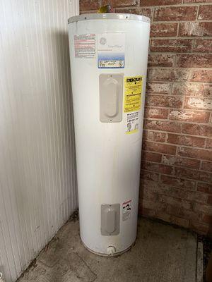 Broken water heater OBO - for parts - diy bbq pit for Sale in McAllen, TX