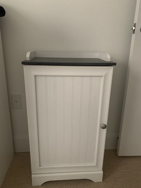 Small cabinet. Almost new!