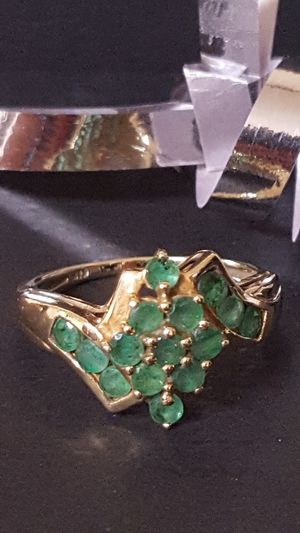 Gorgeous Vintage Ring 10k Real Gold, beautiful Jade Stones, never used, 2.60grs, Size 7, antique. for Sale in Covington, KY
