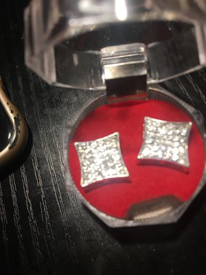 Square diamond earrings for Sale in MD, US