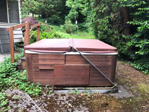 Earn $200 to take free hot tub for Sale in Vancouver, WA