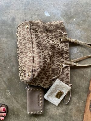 Michael Kors purse and wallets for Sale in Douglasville, GA