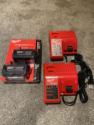 Milwaukee M18 XC 5.0 batteries (2) charger (2) for Sale in Des Plaines, IL