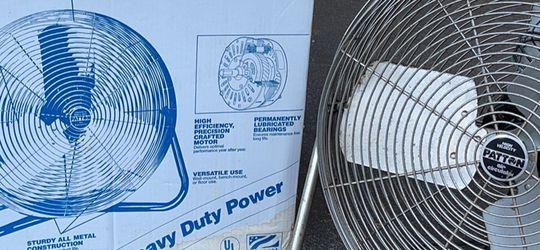 Fan for Sale in Silver Spring,  MD