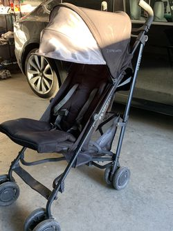 UppaBaby G-Luxe Stroller for Sale in Union City,  CA