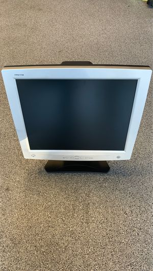 """Used 17"""" Gateway computer monitor FPD1730 for Sale in Tigard, OR"""