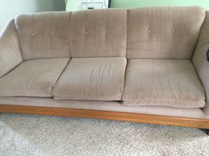 Free couch sofa for pickup for Sale in Festus, MO