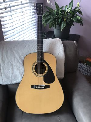 Acoustic Guitar for Sale in Dunwoody, GA