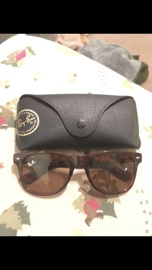 Real raybans wayfarers for Sale in Dallas, TX
