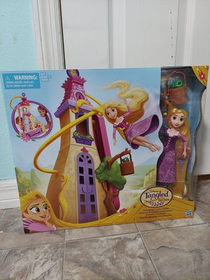 Brand new unopened Disney Tangled the series castle set for Sale in Gulfport, FL