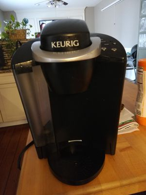 Keurig K-Classic Single Serve K-Cup Pod Coffee Maker, Black for Sale in Clayton, NC