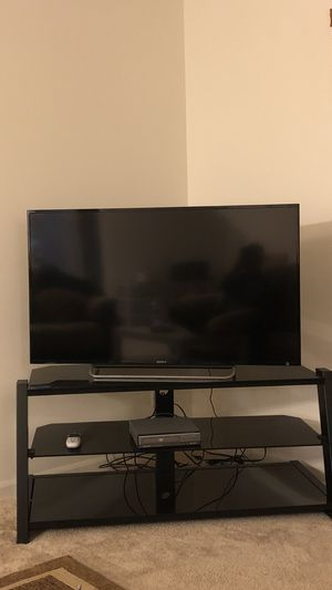 Sony Bravia TV DVD Player and stand for Sale in Pingree Grove, IL