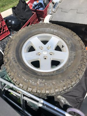 1 TIRE AND WHEEL for Sale in Fontana, CA
