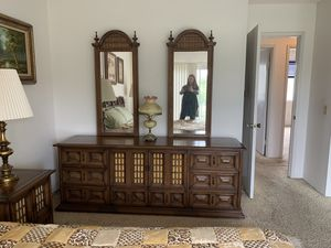 Beautiful Solid Wood Bedroom Set for Sale in San Diego, CA