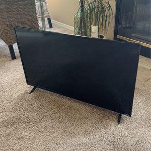 Visio 40in 1920x1080 LED TV for Sale in Scottsdale, AZ