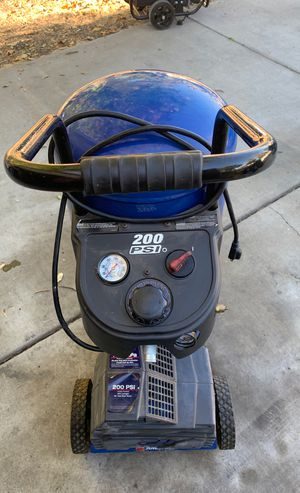 Air compressor Campbell Hausfeld 200 psi for Sale in Concord, CA