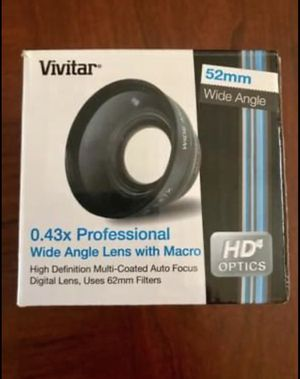 Vivitar 0.43x Professional Wide angle lens with macro for Sale in Willoughby Hills, OH