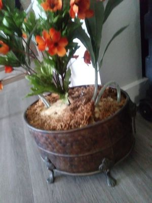 Flower and pot for Sale in DeSoto, TX