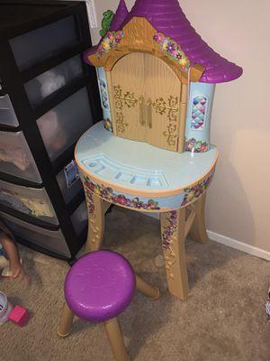 Rapunzel vanity play set for Sale in Austin, TX