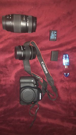 Camera with lens for Sale in District Heights, MD