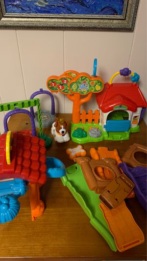 Vtech smart singing talking animals and their homes for Sale in Glenview, IL