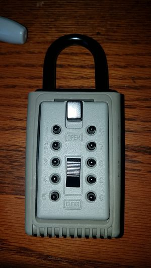 Kidde portable 5 key box with push button combination lock never used $10 for Sale in San Diego, CA