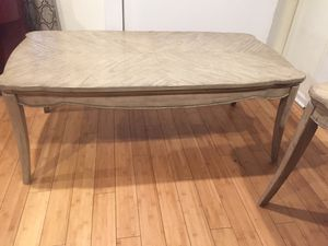 Coffee Table and side table for Sale in Los Angeles, CA