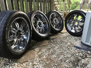 Rims 5 universales for Sale in Damascus, MD